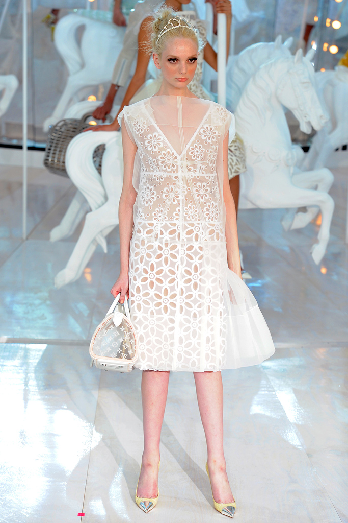 Louis Vuitton, Spring 2012, Look 1