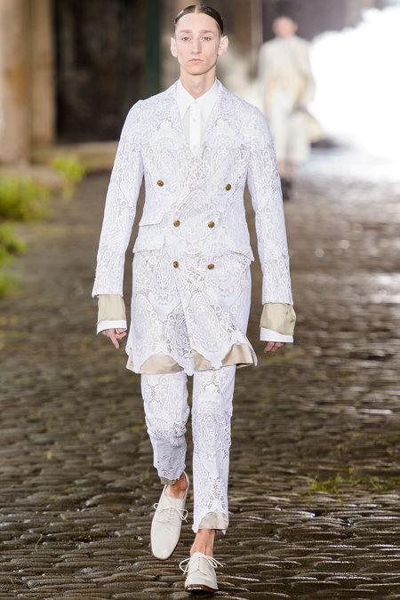 Alexander McQueen Spring 2014