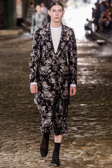 Alexander McQueen, Spring 2014, Look 22
