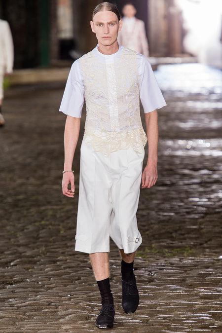 Alexander McQueen Spring 2014 Look 8
