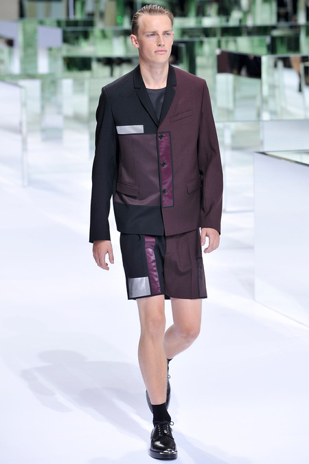 Dior Homme, Spring 2014, Look 2 Photo: Yannis Viamos/InDigital/GoRunway found on www.style.com