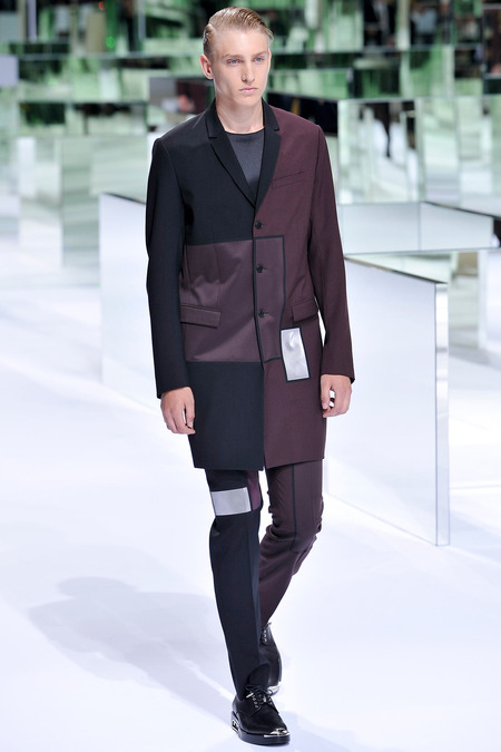 Dior Homme, Spring 2014, Look 3 Photo: Yannis Viamos/InDigital/GoRunway found on www.style.com