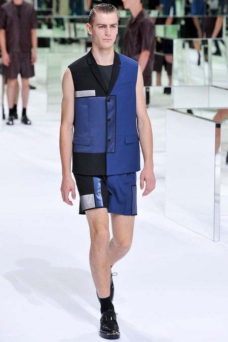 Dior Homme, Spring 2014, Look 31  Photo: Yannis Viamos/InDigital/GoRunway found on www.style.com