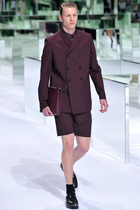 Dior Homme, Spring 2014, Look 5 Photo: Yannis Viamos/InDigital/GoRunway found on www.style.com