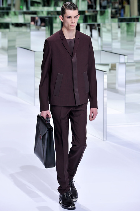 Dior Homme, Spring 2014, Look 9 Photo: Yannis Viamos/InDigital/GoRunway found on www.style.com