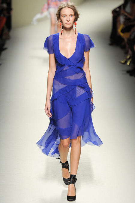 Alberta Ferretti, Spring 2014, Look 38 Photo: Yannis Vlamos/Indigitalimages.com