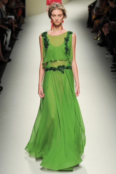 Alberta Ferretti, Spring 2014, Look 44 Photo: Yannis Vlamos/Indigitalimages.com
