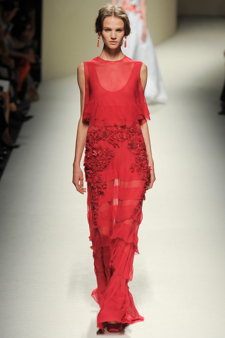 Alberta Ferretti, Spring 2014, Look 46 Photo: Yannis Vlamos/Indigitalimages.com
