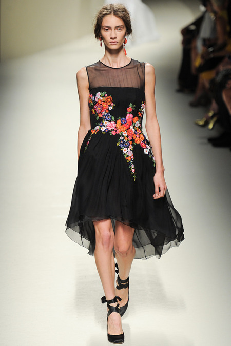 Alberta Ferretti, Spring 2014, Look 50 Photo: Yannis Vlamos/Indigitalimages.com