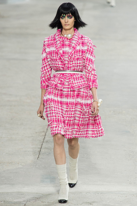 Chanel, Spring/Summer 2014 Collection, Look 14 Photo: Yannis Vlamos/Indigitalimage.com found on www.style.com