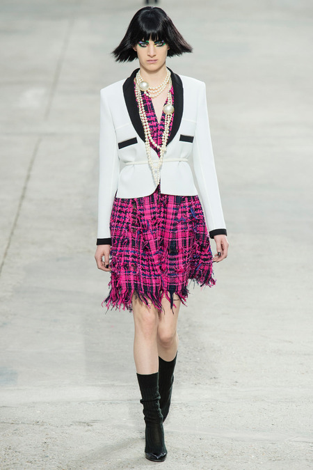 Chanel, Spring/Summer 2014 Collection, Look 16 Photo: Yannis Vlamos/Indigitalimage.com found on www.style.com