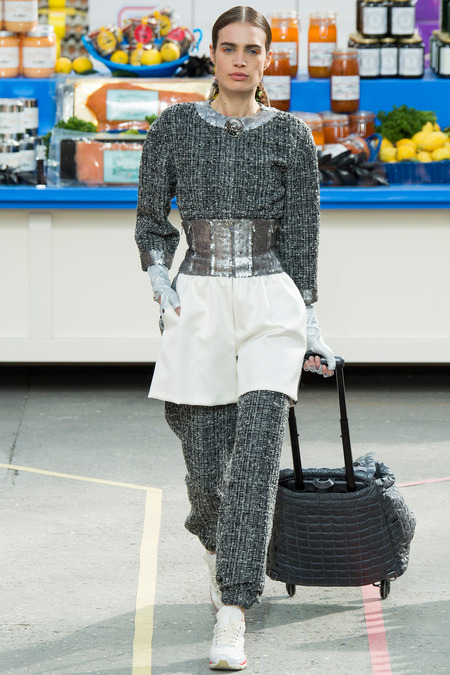 Chanel, Fall/Winter 2014 Collection, Look 57 Photo: Yannis Vlamos/Indigitalimages.com found on www.style.com