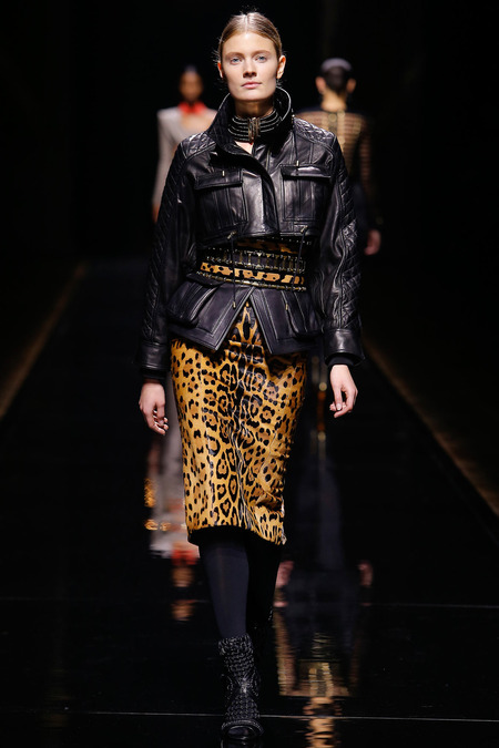 Balmain, Fall/Winter 2014, Look 8 Model: Constance Jablonski Photo: Monica Feudi/FeudiGuaineri.com found on www.style.com