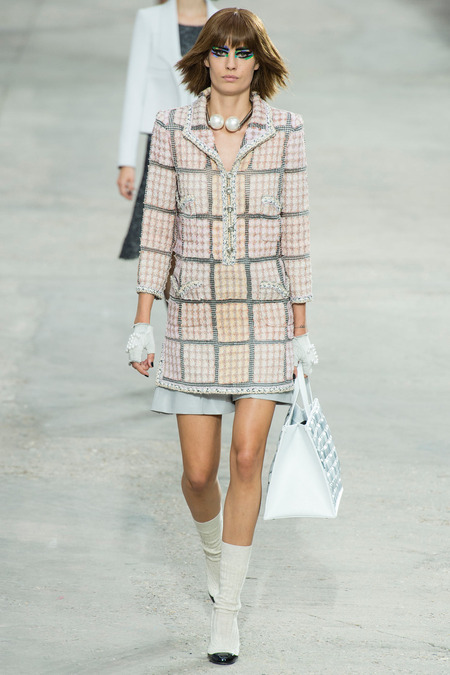 Chanel, Spring/Summer 2014 Collection, Look 8 Photo: Yannis Vlamos/Indigitalimage.com found on www.style.com
