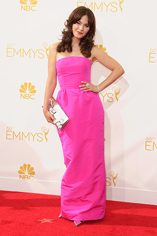 Zooey Deschanel in Oscar del la Renta  Photo: Getty Images found on www.style.com