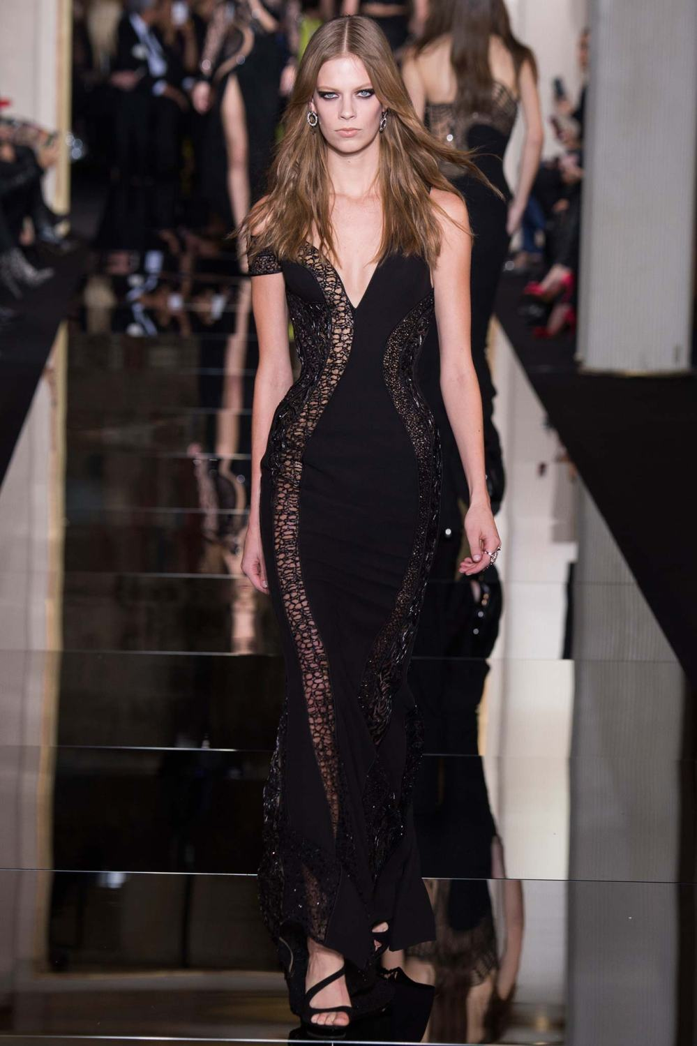 Atelier Versace, Spring/Summer 2015 Look 38 Model : Lexi Boling Photo: Kim Weston Arnold/Indigitalimages.com