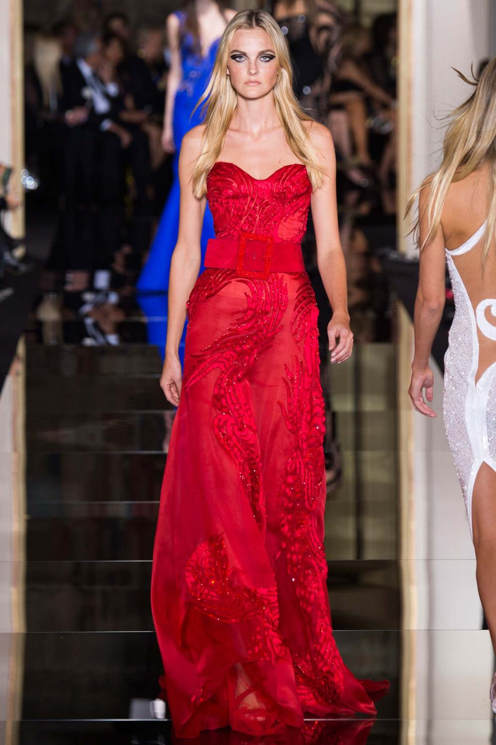 Atelier Versace, Spring/Summer 2015 Look 41  Model : Caroline Trentini Photo: Kim Weston Arnold/Indigitalimages.com