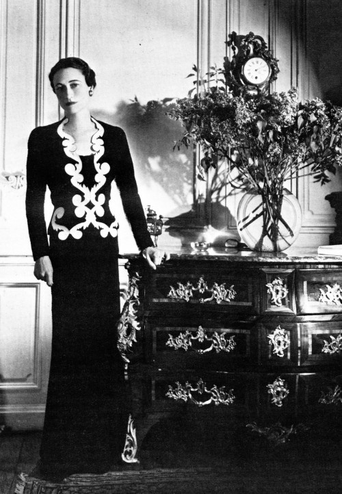 Mrs. Wallis Simpson, Duchess of Windsor Photo: https://s-media-cache-ak0.pinimg.com/736x/53/da/2a/53da2ae93161f6db6d844111265d2c4b.jpg