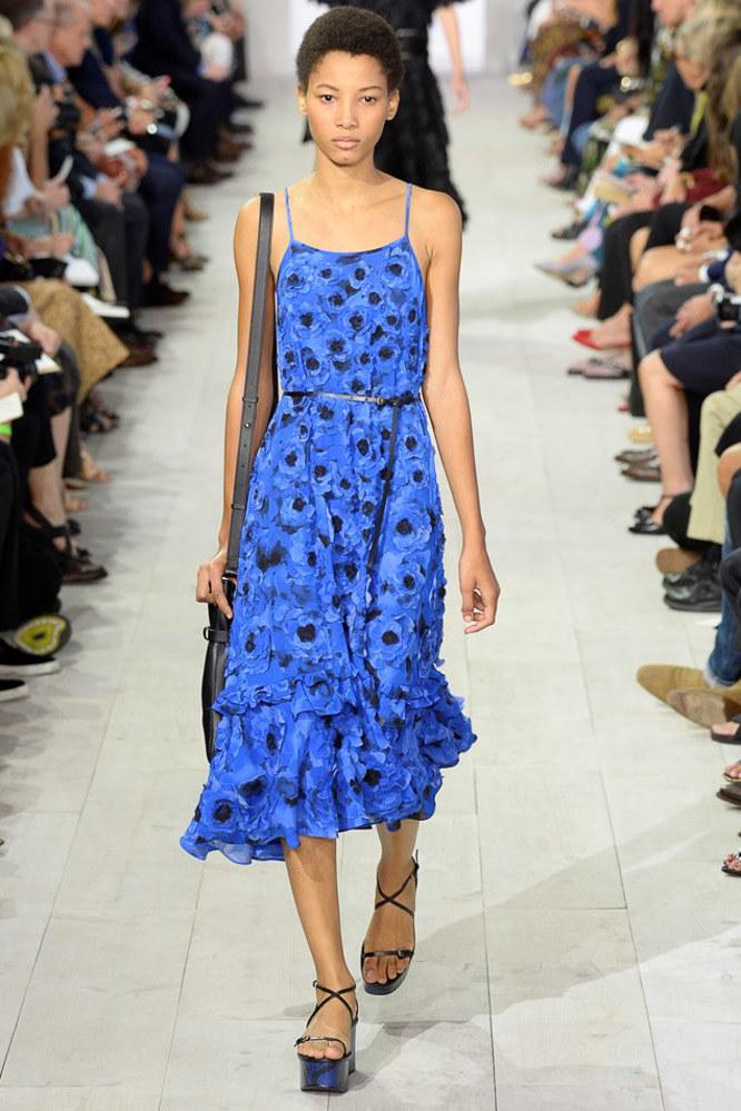 Look 14 Model: Lineisy Montero Photo: Yannis Vlamos/indigitalimages.com