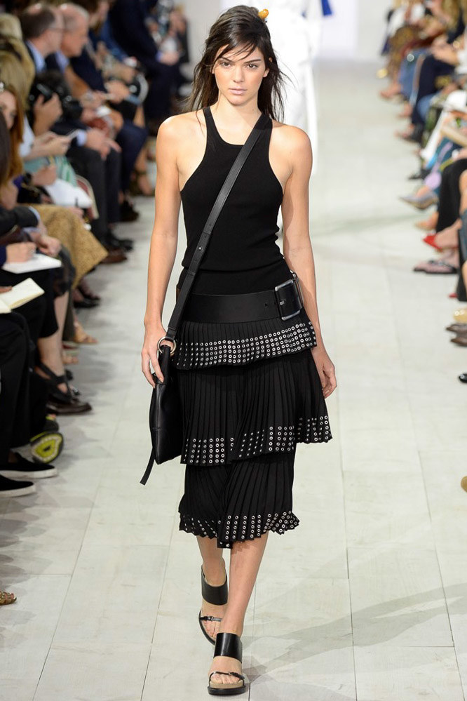 Look 4 Model: Kendall Jenner Photo: Yannis Vlamos/indigitalimages.com