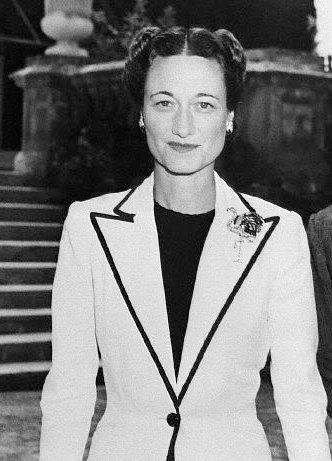 Mrs. Wallis Simpson, Duchess of Windsor Photo: http://www.sarpanet.info/wallis_simpson/wallis_simpson_1.jpg