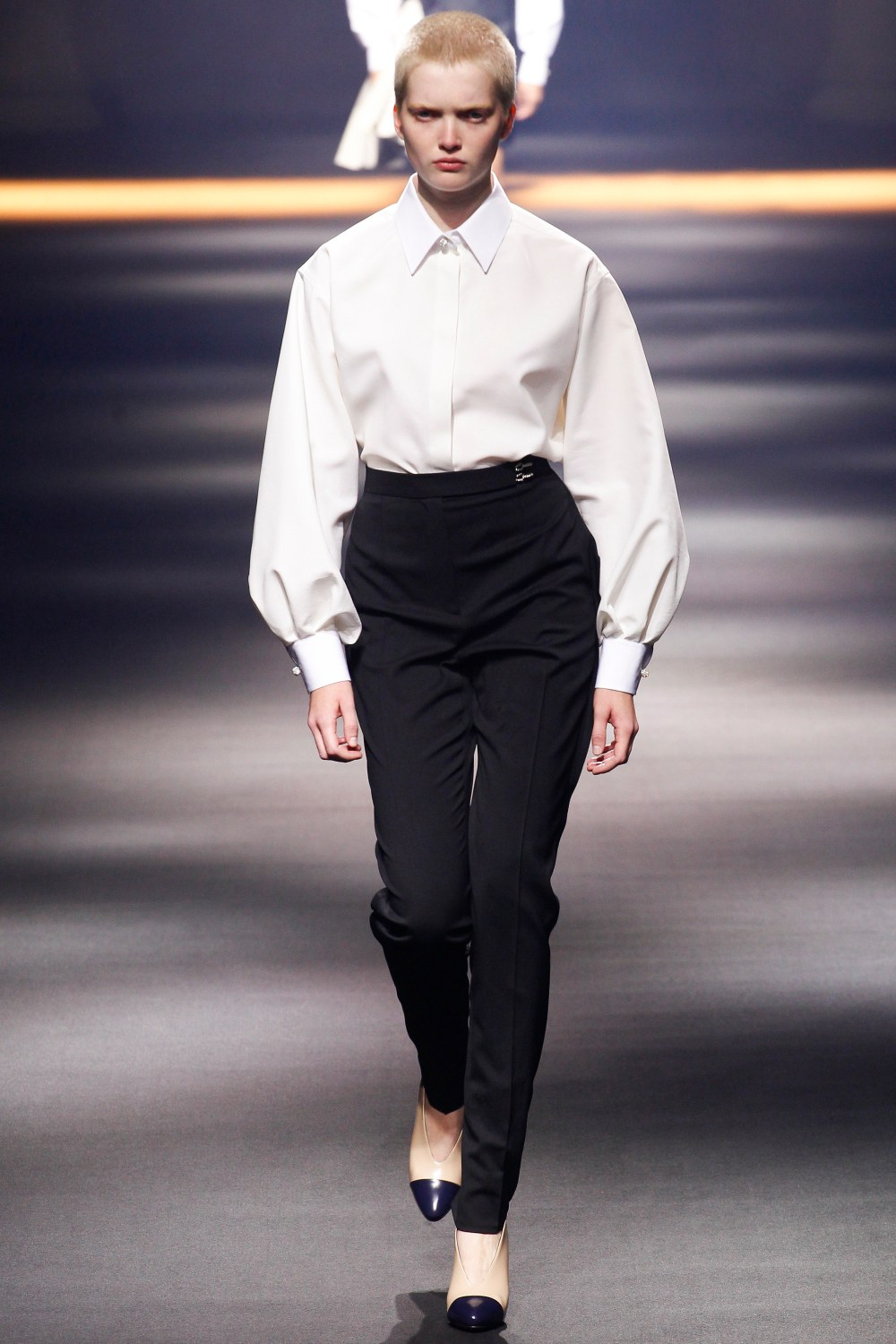 Look 1 Ruth Bell